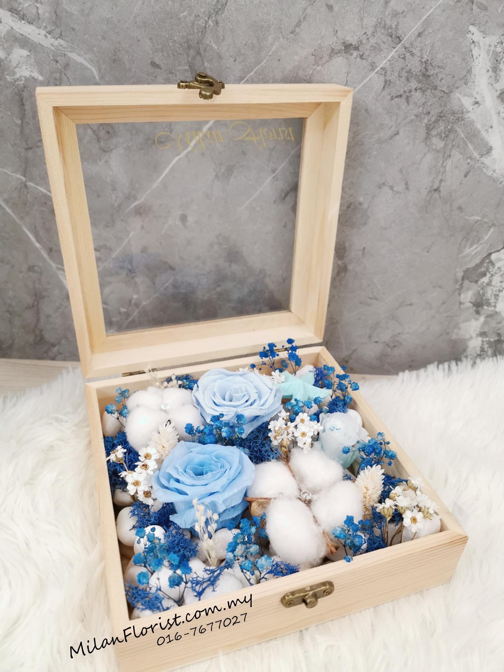 Preserved Flower Box