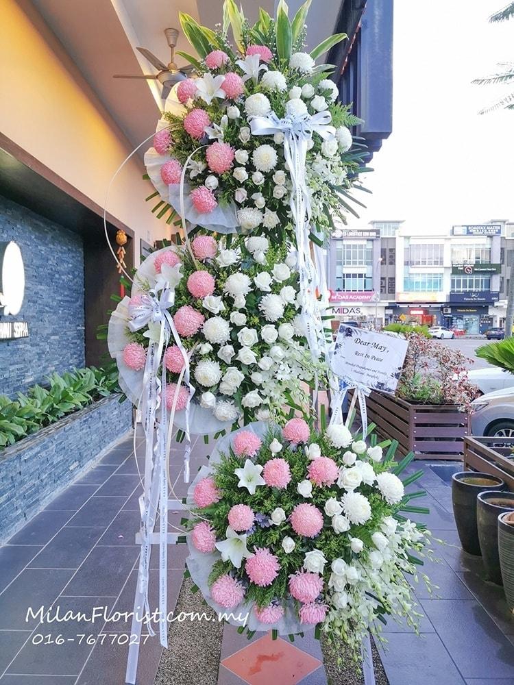 Milan Funeral Condolences Wreath Floral Stand (Big) 米兰大型往生花圈 FLORIST JOHOR FLORIST JOHOR BAHRU FLORIST MOUNT AUSTIN FLORIST SKUDAI FLORIST NUSAJAYA FLORIST MALAYSIA FLORIST KSL FLORIST TOPPEN FLORIST PARADIGM FLORIST MIDVALLEY SOUTHKEY FLORIST CITY SQUARE FLORIST 新山花店 柔佛花店 皇后花店 马来西亚花店 开张花篮 开幕花篮 开业花篮 乔迁之喜 生意兴隆 大展宏图 鲜花 假花 Kedai bunga johor bahru